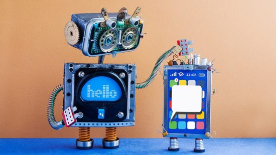 big-robot-and-mobile-smartphone-gadget